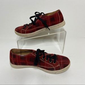 Born Kai Red Plaid Suede Sneakers Size 6